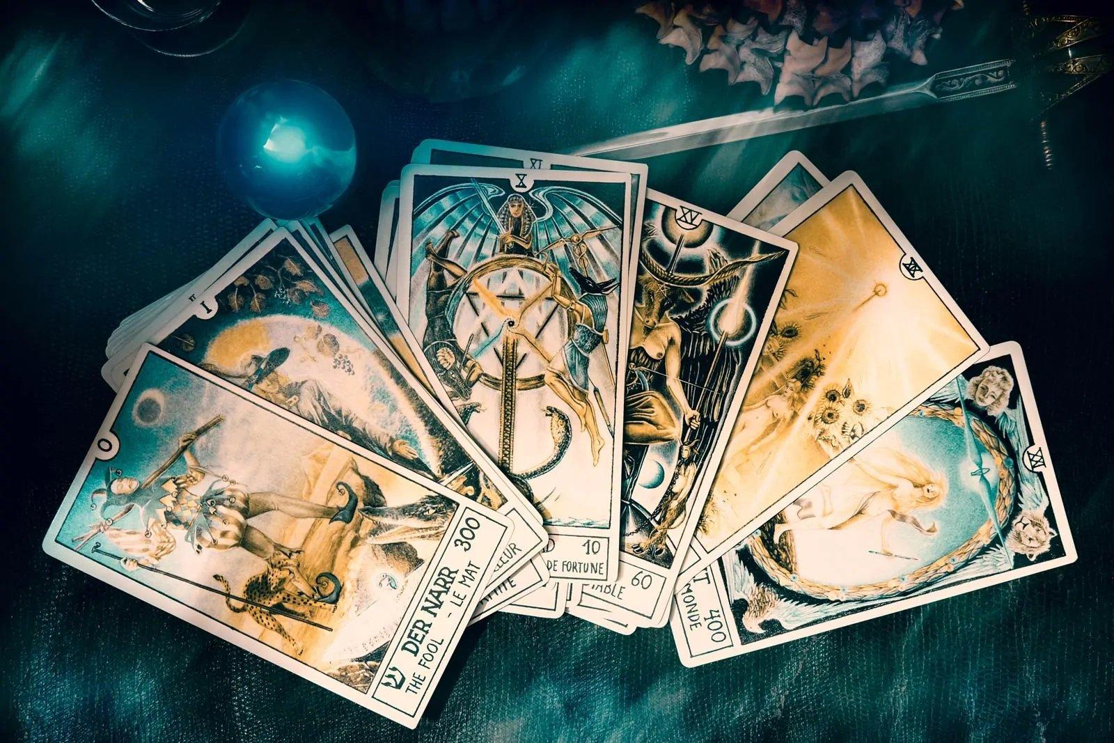 Što pokazuju tarot karte za mjesec listopad?